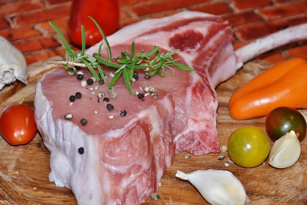 meat 1555341 1920 - Carne Ecológica,bienestar  para  tu salud.