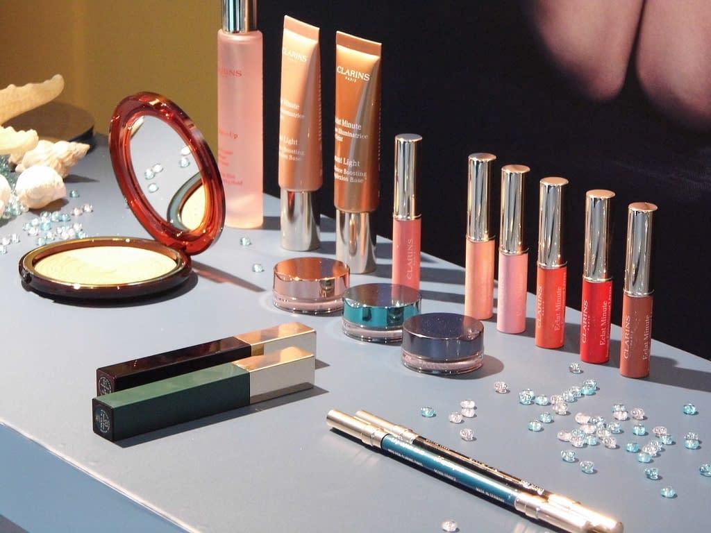 cosmetic 2415786 1920 - Para unos labios bien maquillados